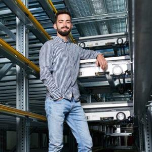 L'innovation est dans les gènes de l'entreprise. Marc Pendl a conçu une navette fonctionnelle avec un look unique pour notre OSR Shuttle™ Evo. Employés, Entreprise, Culture d'entreprise