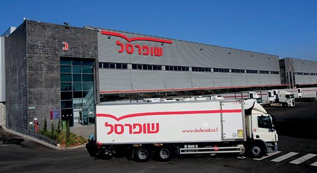 Shufersal est actuellement le plus grand distributeur de produits alimentaires en ligne d'Israël et réalise déjà, grâce au commerce en ligne, 13 % de son chiffre d'affaires.