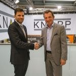 Dr Steffen Vondran, CEO of Diesel Technic AG and Heimo Robosch, Executive Vice President of KNAPP AG, sealed the contract at the CeMAT fair in Hanover.
