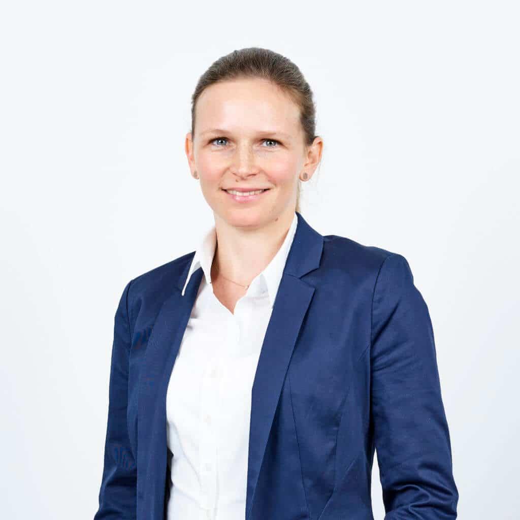 Julia Weber, KIS