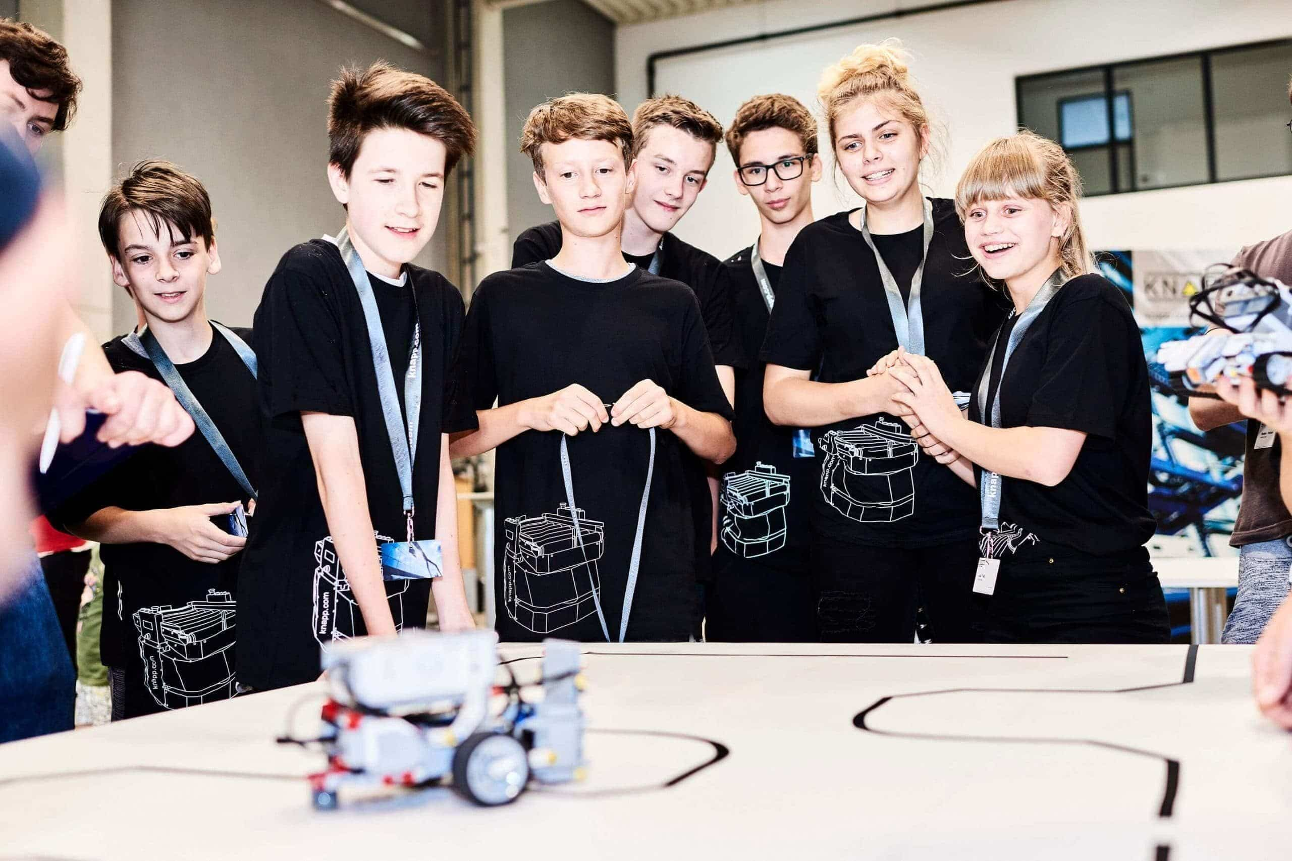 Robotik begeistert - KNAPP RoboLeague 2018