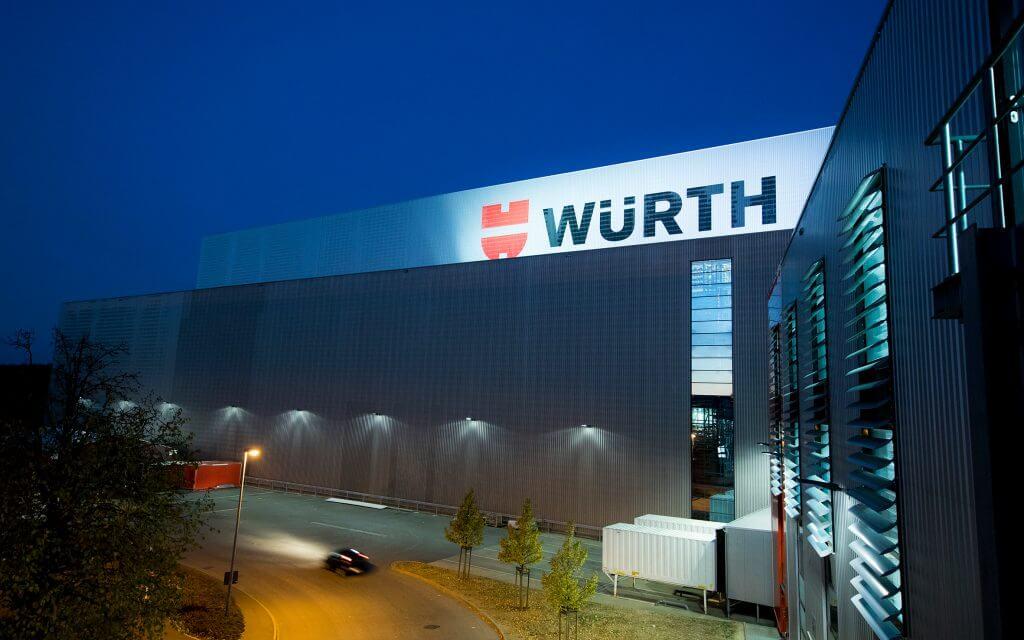 Edificio de la empresa de Würth Industrie Service en la sede de Bad Mergentheim en Alemania.
