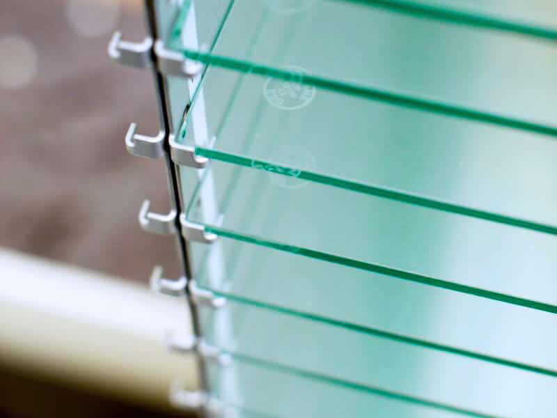 KNAPP Smart Solutions Apostore picking system for pharmacies with sustainable glass shelving