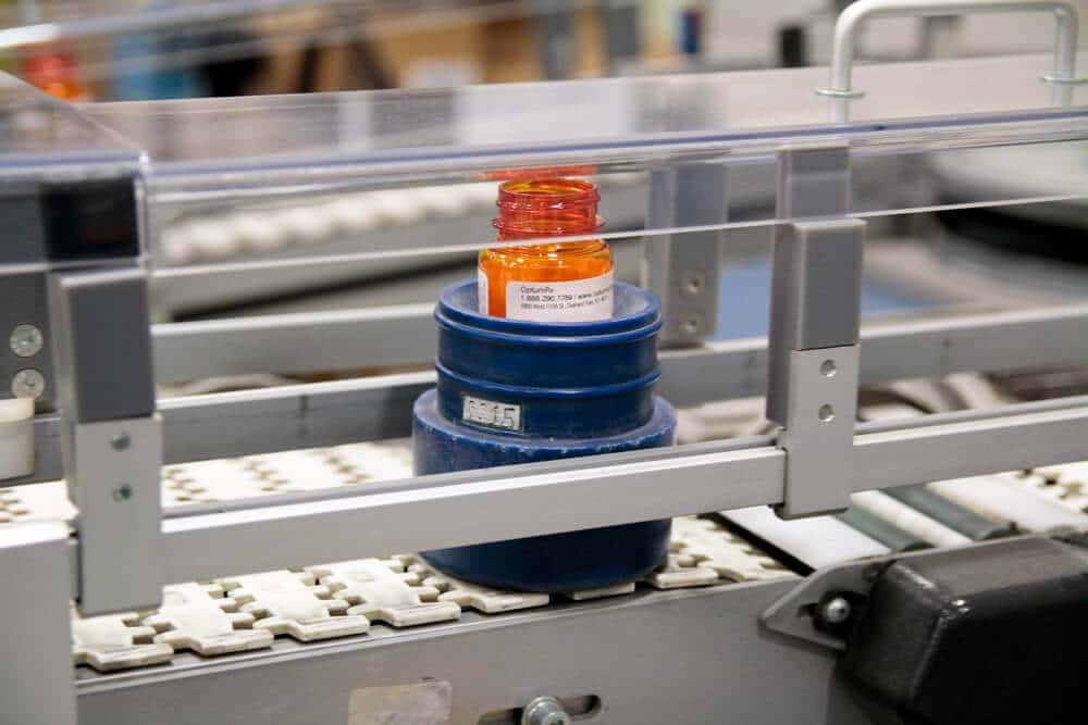 KNAPP puck conveyor system
