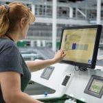 Die easyUse-Benutzeroberflächen unterstützen eine fehlerfreie Auftragsbearbeitung und intuitive Mensch-Maschine-Kommunikation.