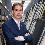 Portrait von Fernando Castillo, CEO bei Novaltia, einem Healthcare-Kunden